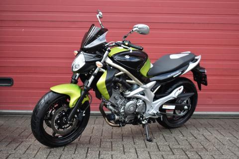 Suzuki Gladius 650 N